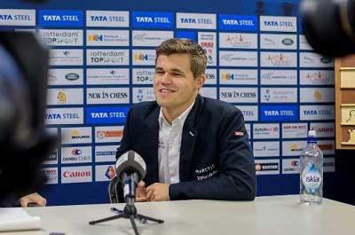 foto del campeón del torneo Tata Steel 2016 Magnus Carlsen